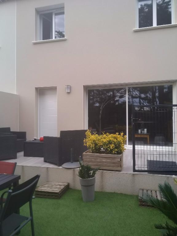 Maison 26200 Montelimar 4 pièce(s) 90 m2