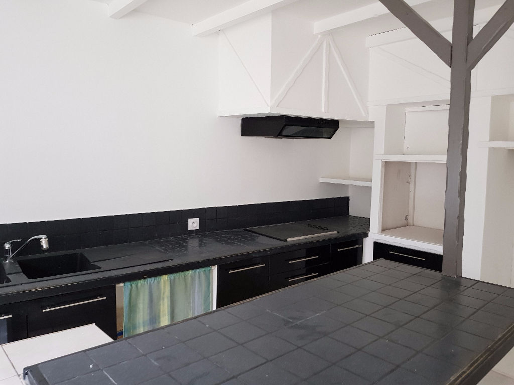 Appartement 30130 Pont Saint Esprit 3 pièce(s)