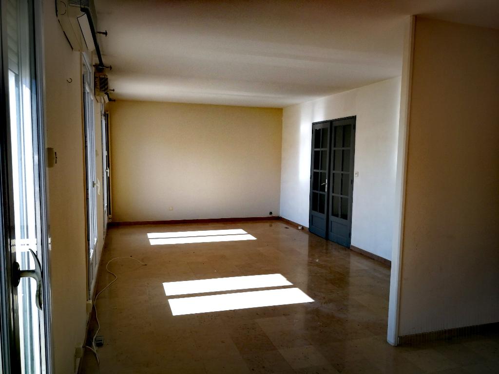 Appartement Bollene 5 pièce(s) 185 m2