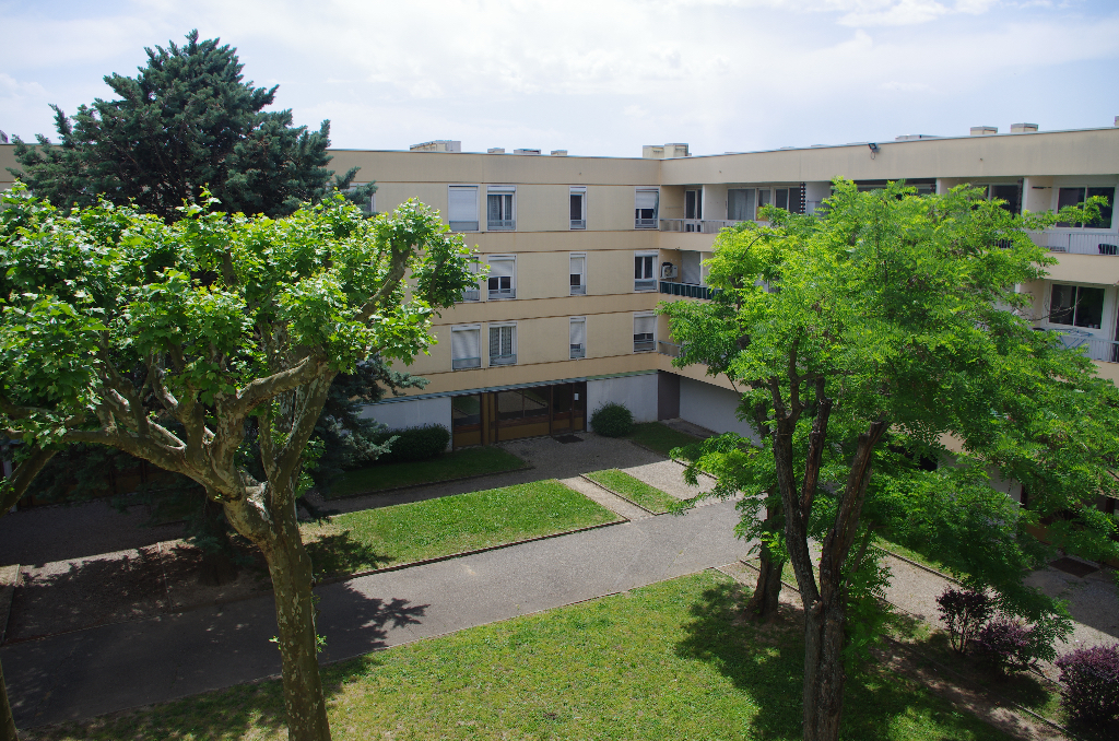 Appartement Lapalud 4 pièce(s) 64.47 m2
