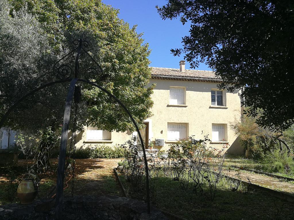Maison Lapalud 7 pièce(s) 134 m2