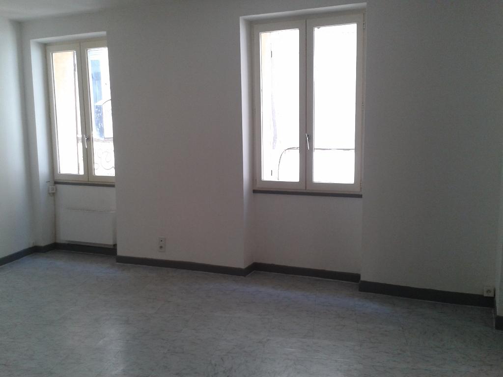 Studio 30130  Pont-Saint-Esprit 29.22 m²
