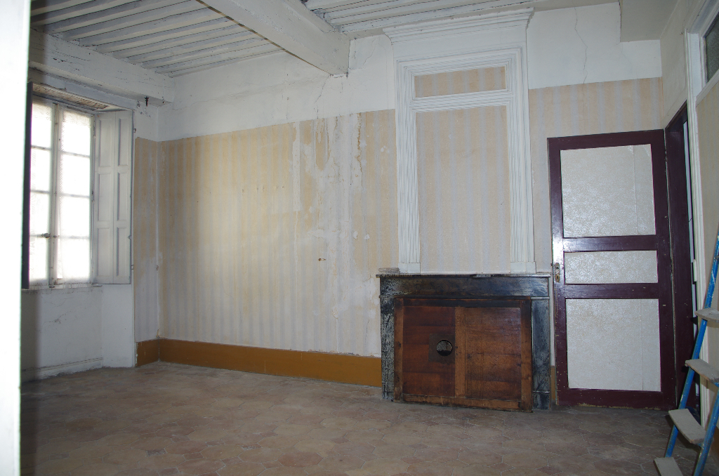 Immeuble  07700 Bourg Saint Andeol 10 pièce(s) 280 m2