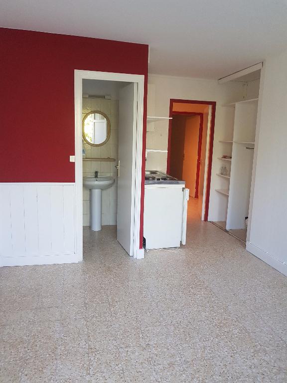 Appartement 84500 Bollene 2 pièce(s) 27.75 m2