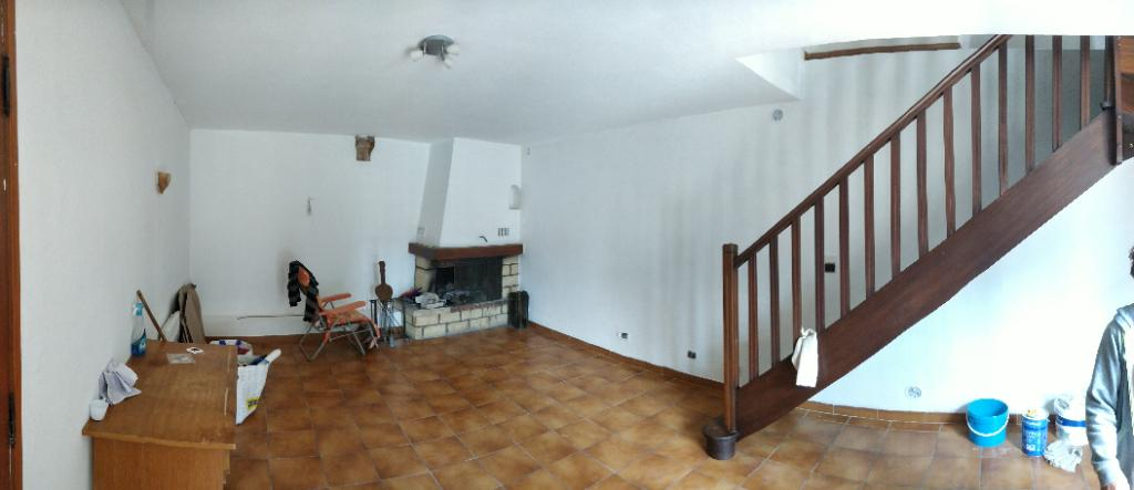Maison 3 pièce(s) 82 m2  84820 visan
