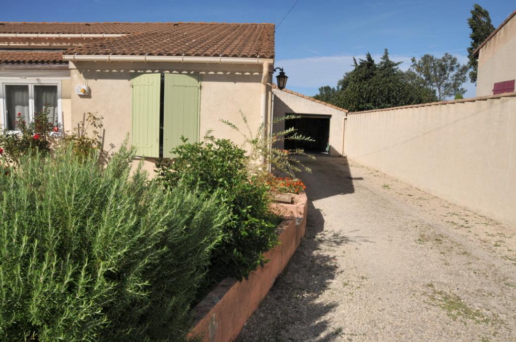 Maison 84840 LAPALUD 5 pièce(s) 116 m2