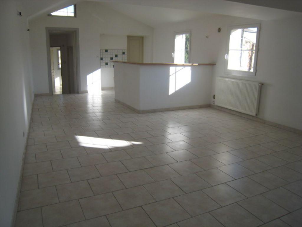 Appartement 84500 Bollene 4 pièce(s) 100 m2