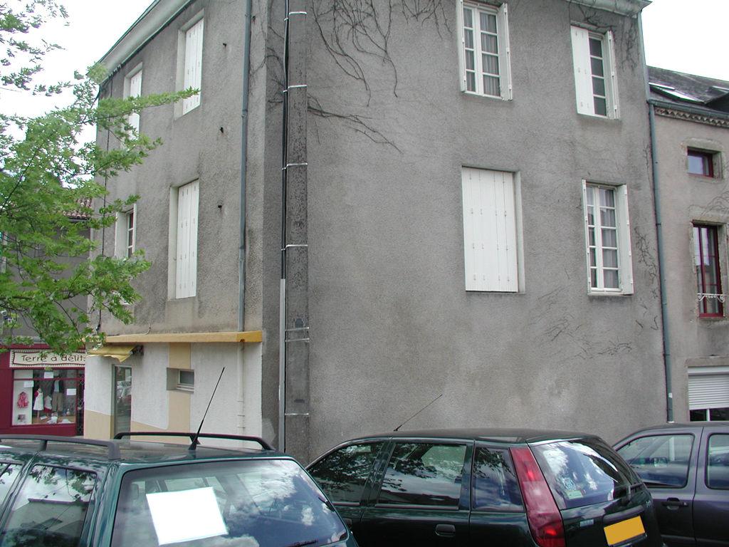 Appartement Bressuire 5 pièce(s) 115 m2