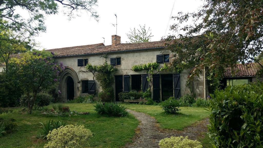 Belle Maison de pierres