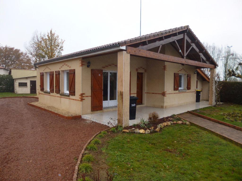Pavilion plain pied trois chambre