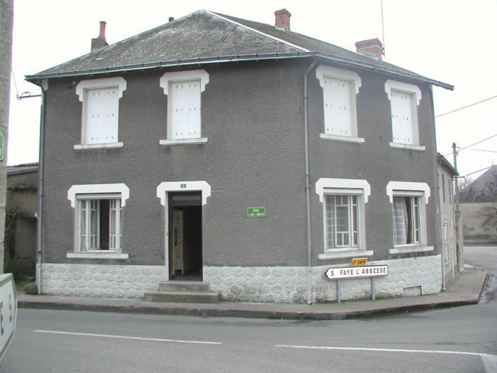 Maison de bourg à renover