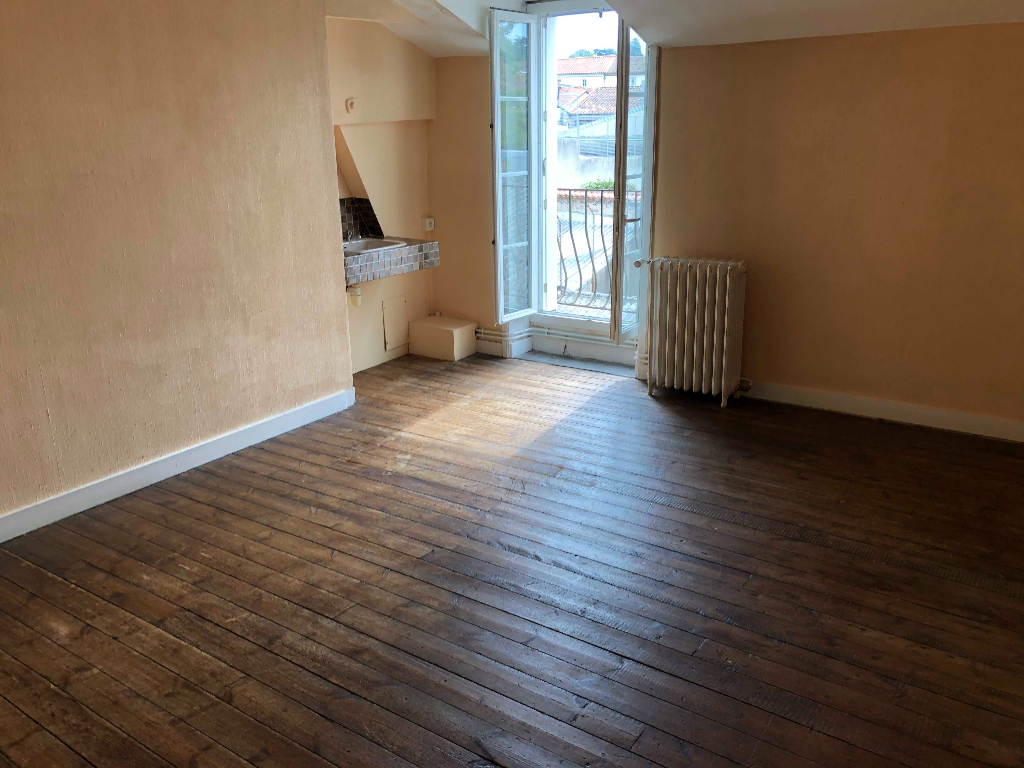 Appartement Bressuire 5 pièces