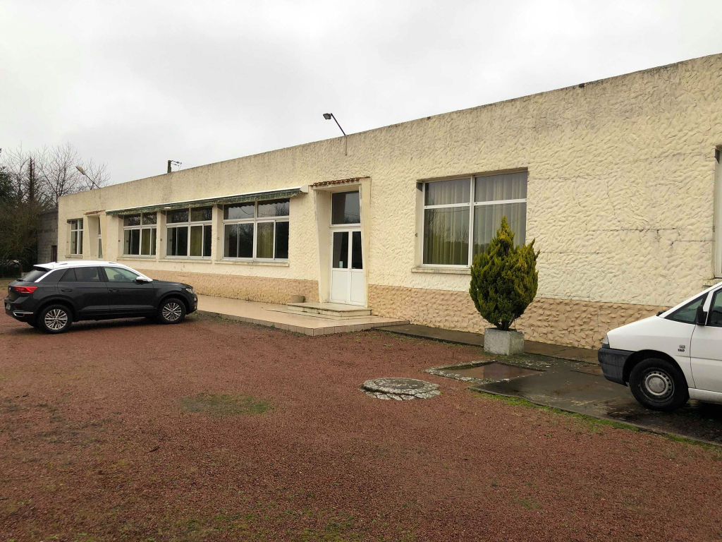 Local commercial  800 m2