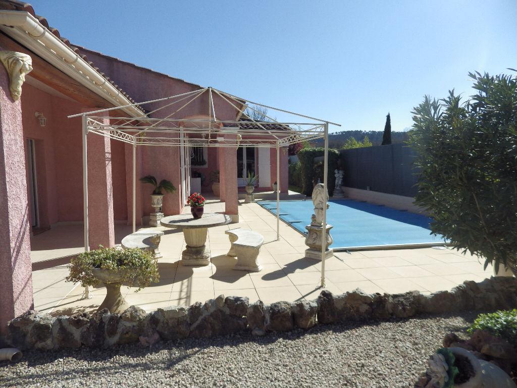 Villa Brignoles 4 pièce(s) 115 m2