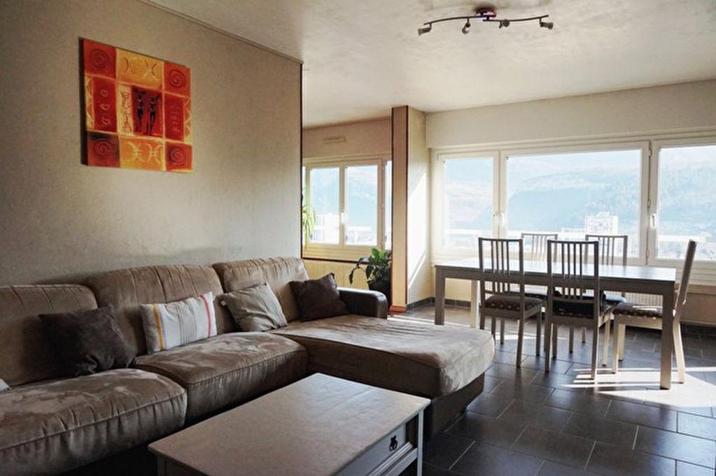 Agréable T3-4 de 85 m² à la vue panoramique