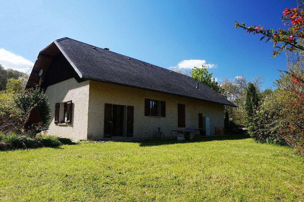 Belle propriété dans un cadre verdoyant