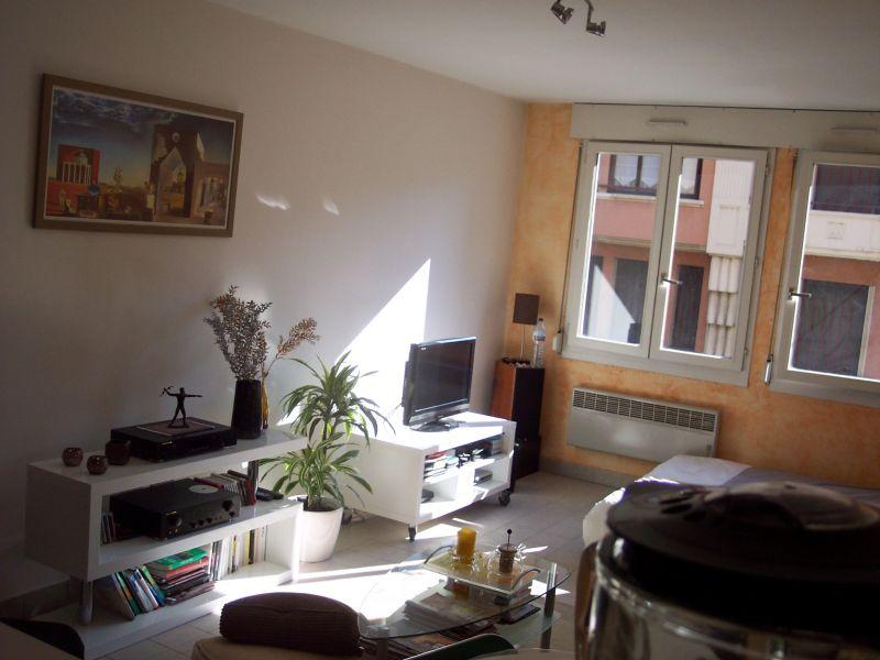 Appartement 35 m2 entre palais de justice et gare.