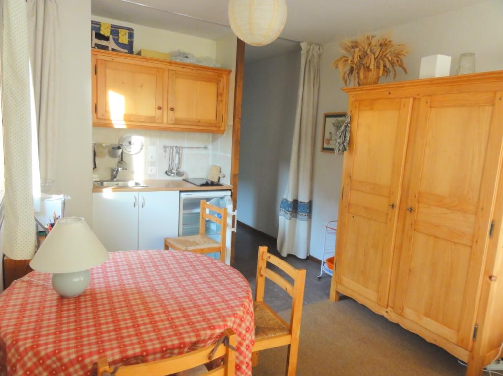Agréable T1 meublé de 32 m² à 25 kms de Chambery