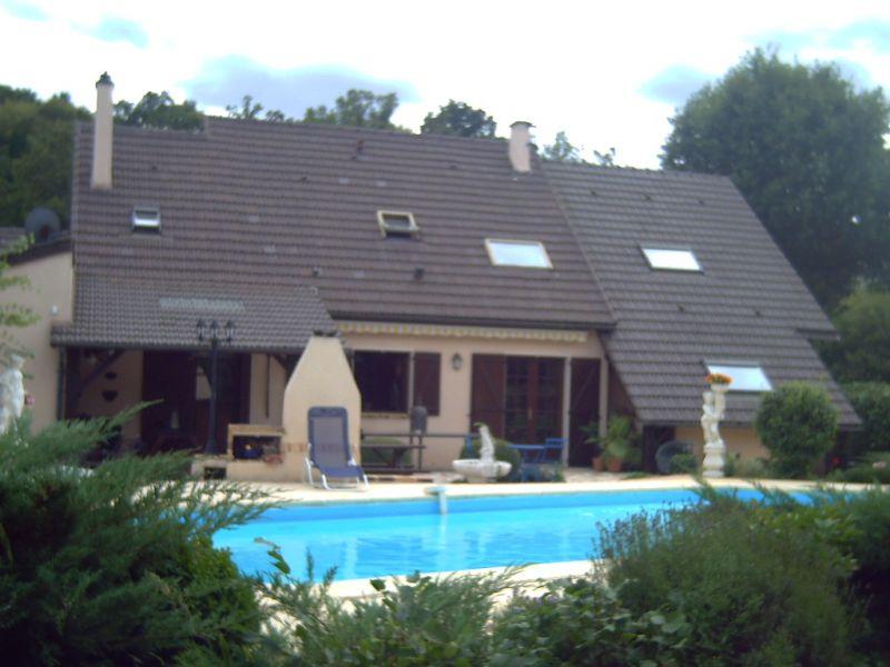 Vallée de l'eure proche des Yvelines avec piscine