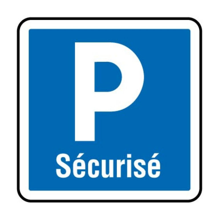 PARKING DANS RESIDENCE SECURISEE