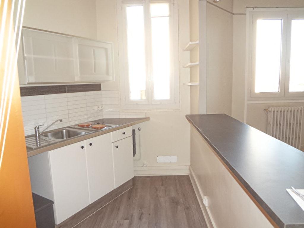 Appartement proche tramway 2 pièce(s) 34 m2