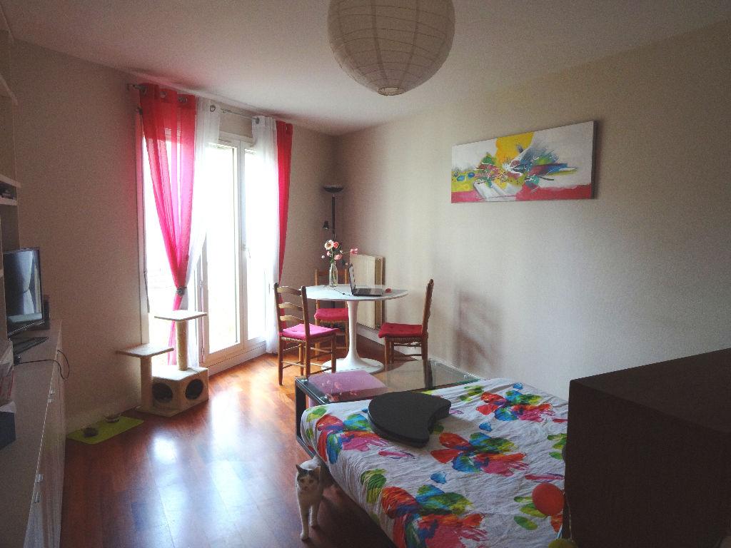 Appartement Clamart 1 pièce(s) 31 m2