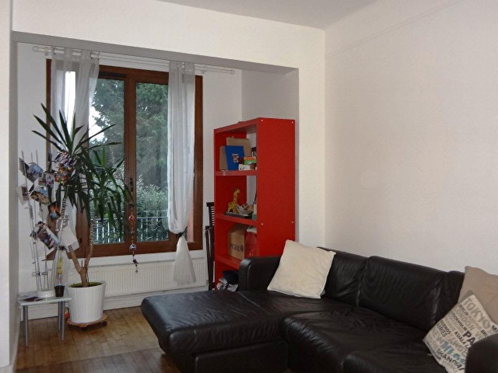 Maison Meublée- Quartier pavillonnaire, 5/6 pièces avec jardin et terrasse
