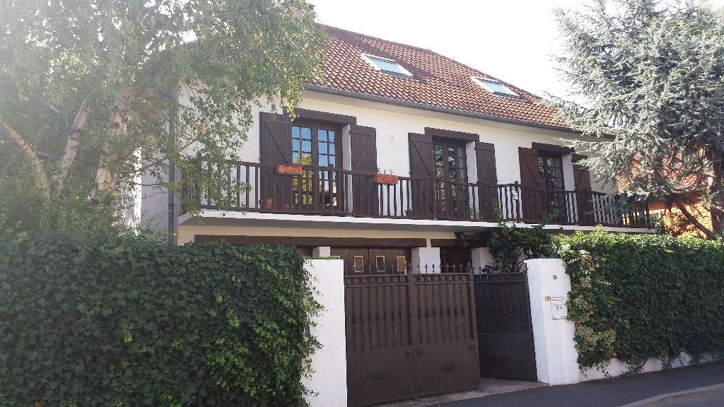 Maison Chatillon 6 pièce(s) 169.38 m2