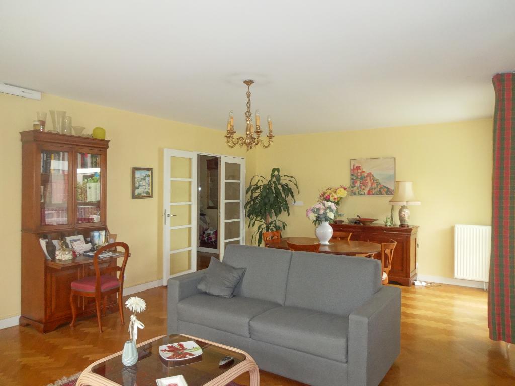 Appartement Chatillon 4 pièce(s) 112 m2