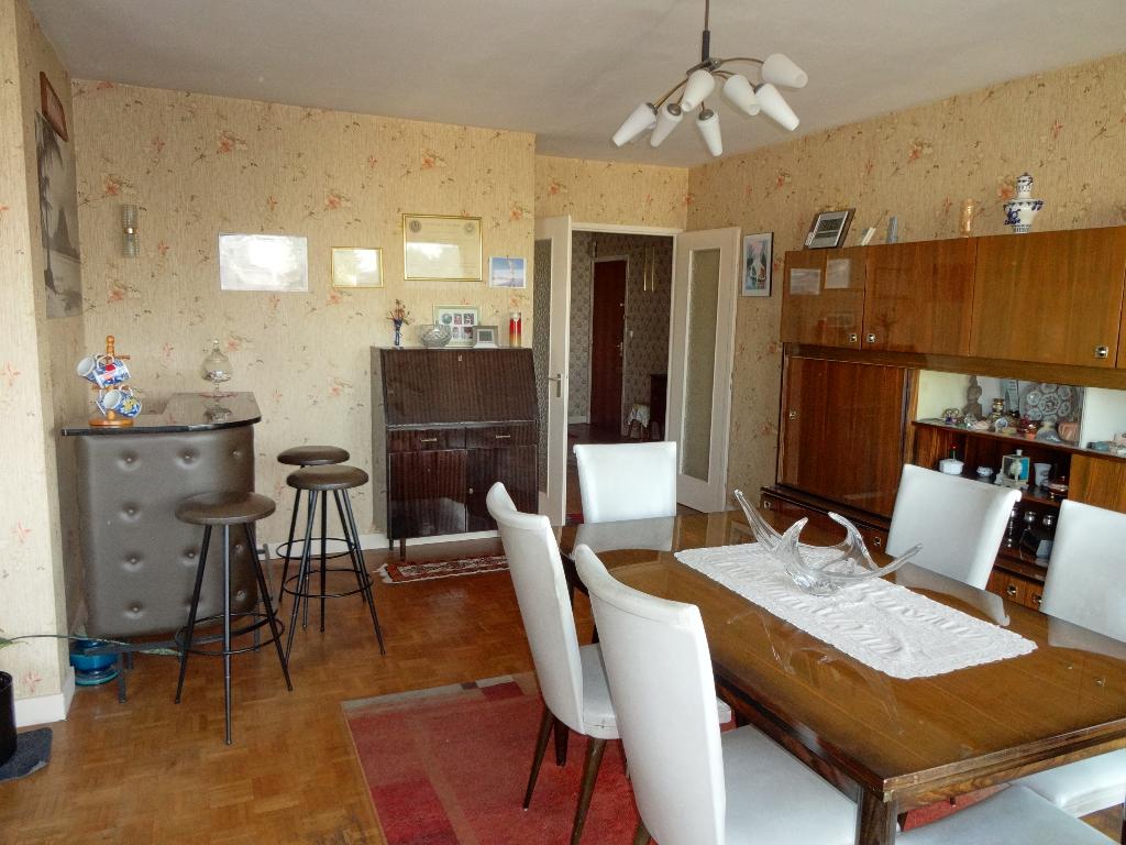 Appartement Chatillon  4 pièce(s) 98.73 m2