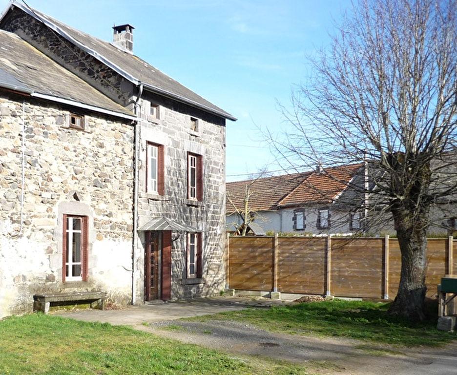 Charbonnières les varennes Maison en pierre