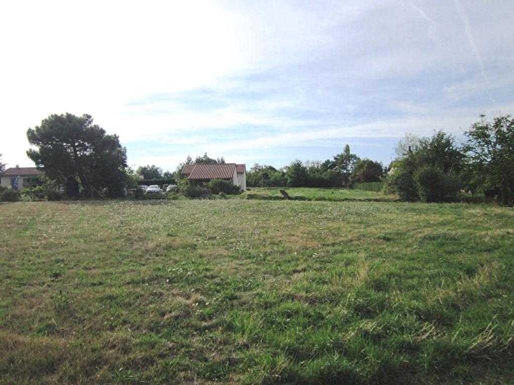 Saint Germain Laval terrain plat 1120 m2