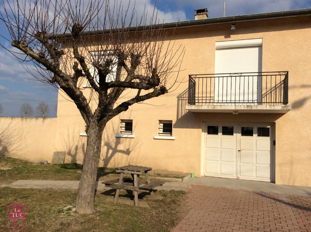 LOCATION CIVENS - Maison avec terrain
