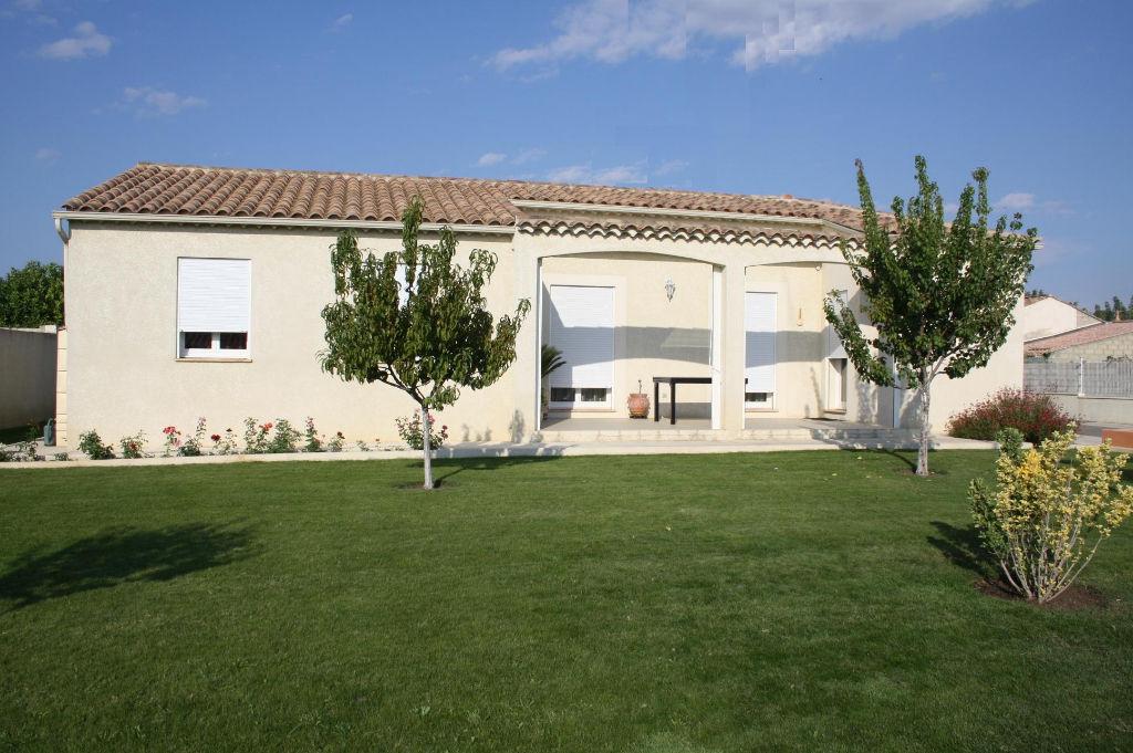 Jolie Villa P5 , terrain 870 m2  piscinable