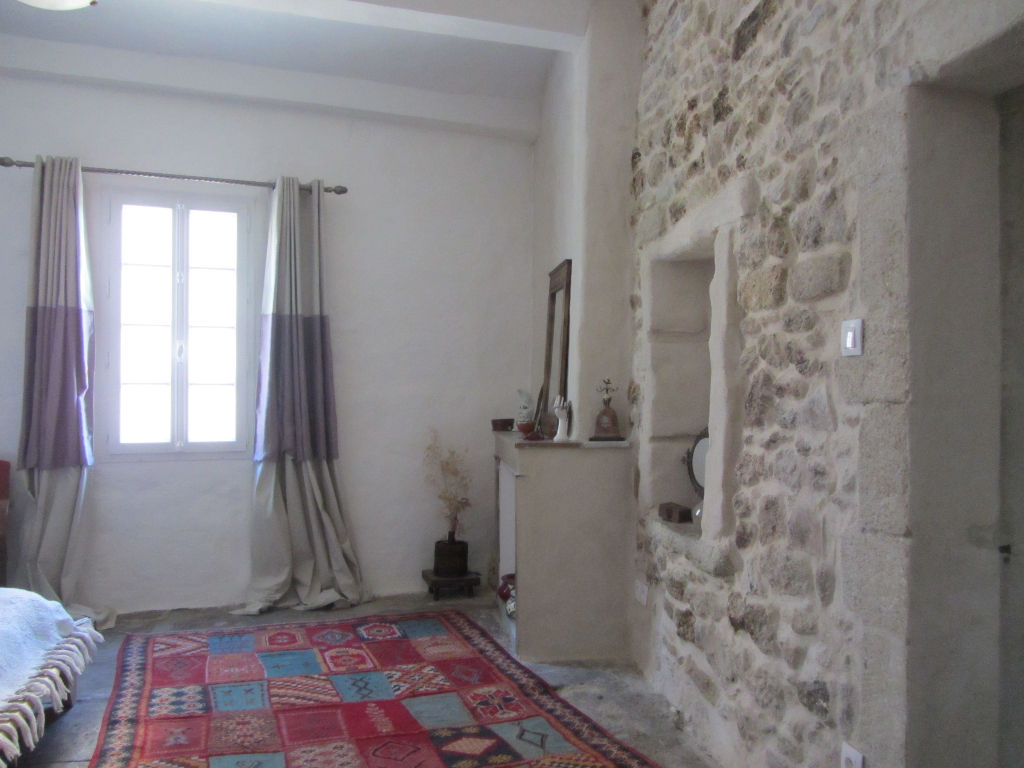 Maison de Village en pierres de 130 m2