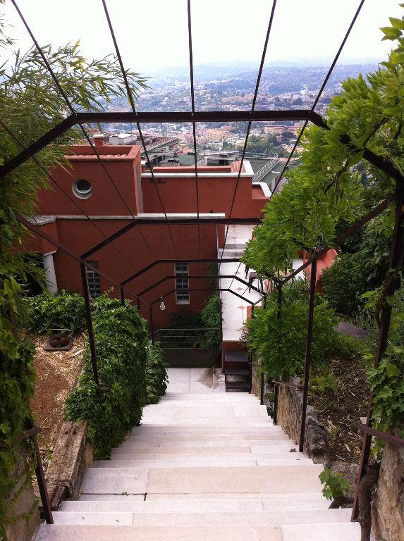 Grasse est, maison bourgoise de caractère 260 m2 avec vue mer!