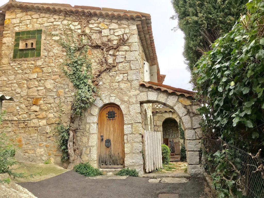 EXCLUSIVITE NORD-SUD IMMOBILIER Magagnosc, maison de charme 5 pièces en pierres avec vue mer et jardin
