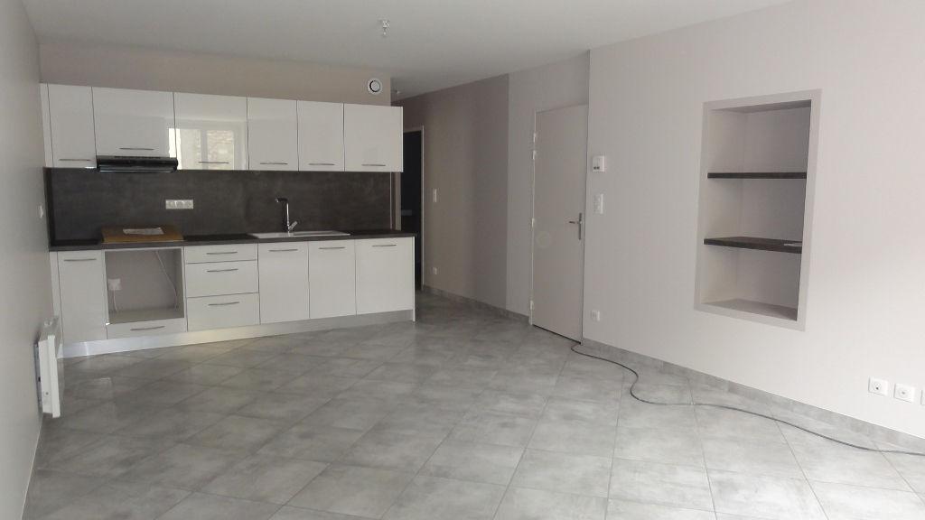 Lagnieu appartement T3 1er étage