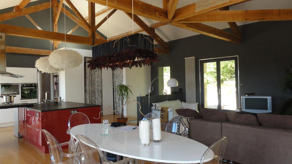 Maison architecte 10 KM LAGNIEU 7 pièces 170 m2 garages terrain 2430m²