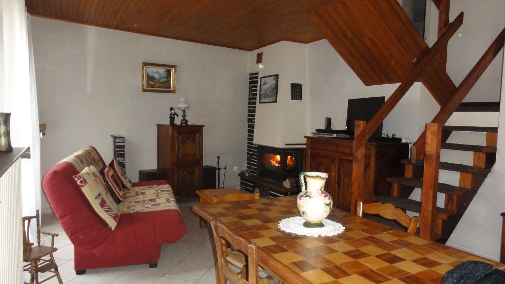 SERRIERES DE BRIORD - Maison 6 pièces 125 m² - terrain 430 m², cave, garage