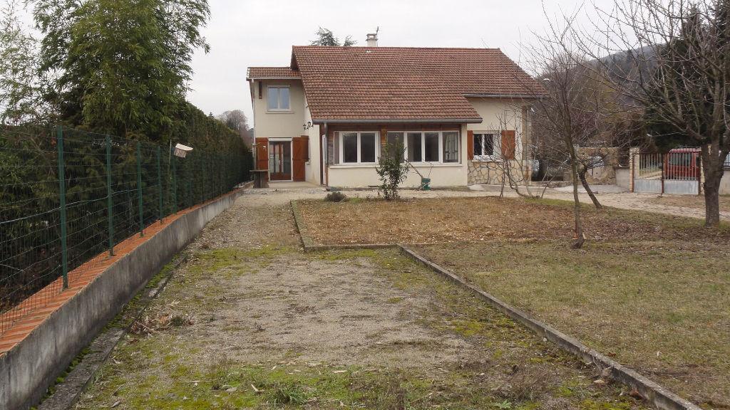 Maison Lagnieu 6 pièces Garage terrain 600m²