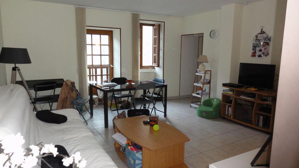 Maison meublée Vertrieu 4 pièces 80 m2 garage