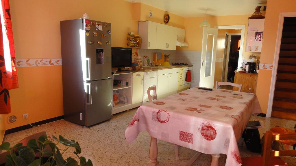 SAINT DENIS EN BUGEY - Maison  - 3 pièces - garage