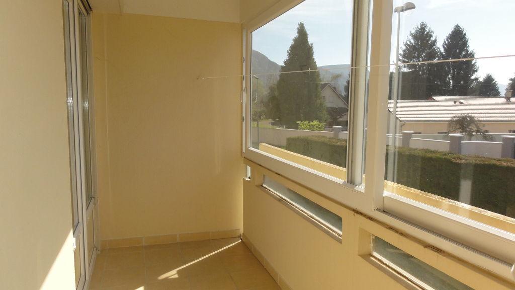 LAGNIEU - Appartement - 4 pièces 74 m2 - terrasse garage cave