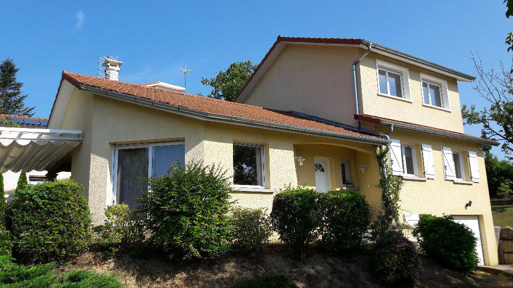 LAGNIEU Villa contemporaine 150 m², terrain 1000 m²