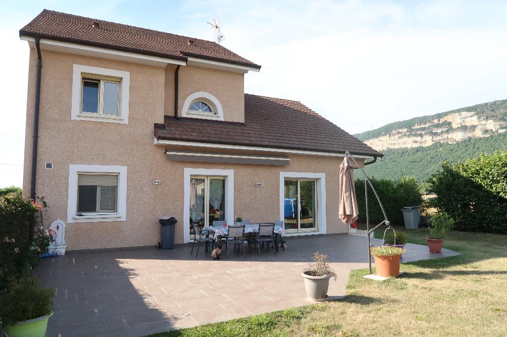 Villa Serrieres De Briord 7 pièce(s) 215 m2