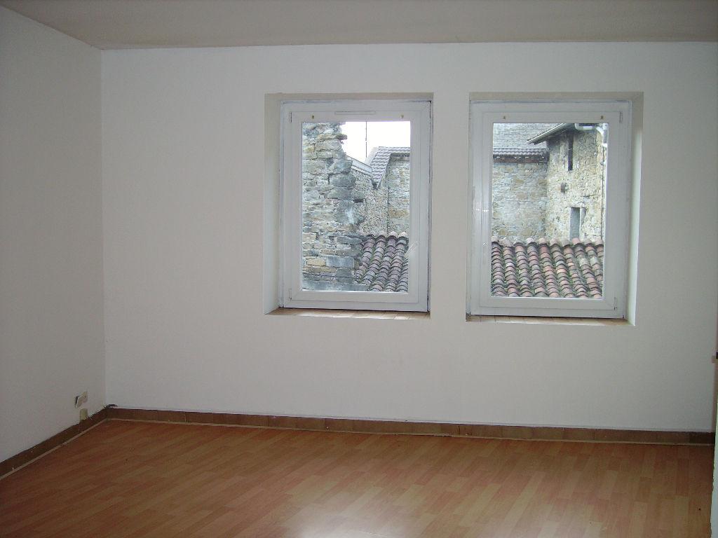 LAGNIEU Appartement  2 pièces 56 m2