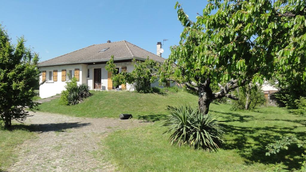 4 min LAGNIEU maison T5 126 m2, terrain 2555 m²