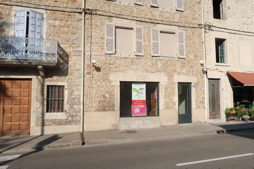 LAGNIEU - local commercial de 50 m²