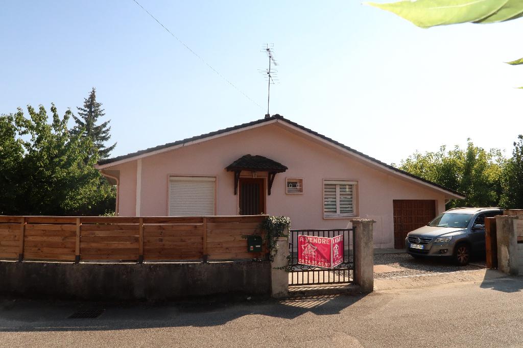 LAGNIEU - villa plain-pied  T3 de 75 m²